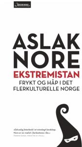 Aslak Nore må henge i for å nå igjen pappa Kjartan Fløgstad, som har 41 utgivelser bak seg.